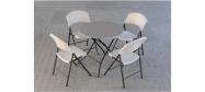 Klapbord Ø83 cm. med klapstole fra Lifetime. Dette klapbord har plads til 4 stole.